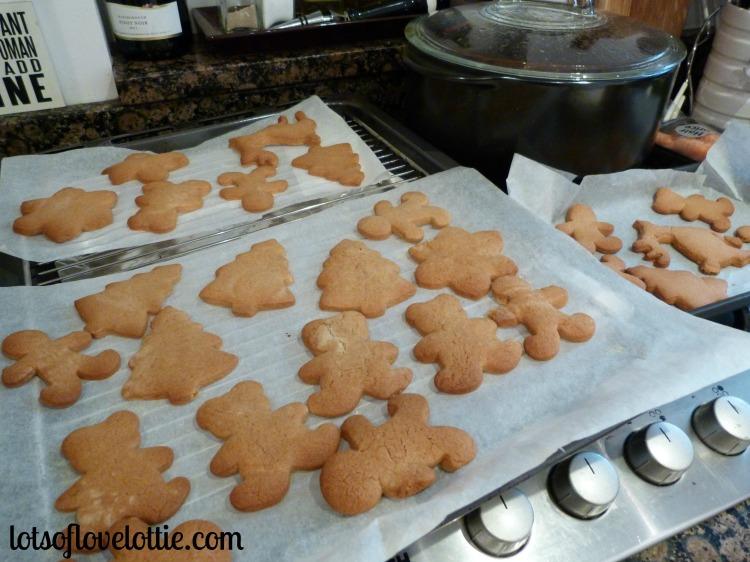 Lots of Love Lottie Blog Gingerbread1