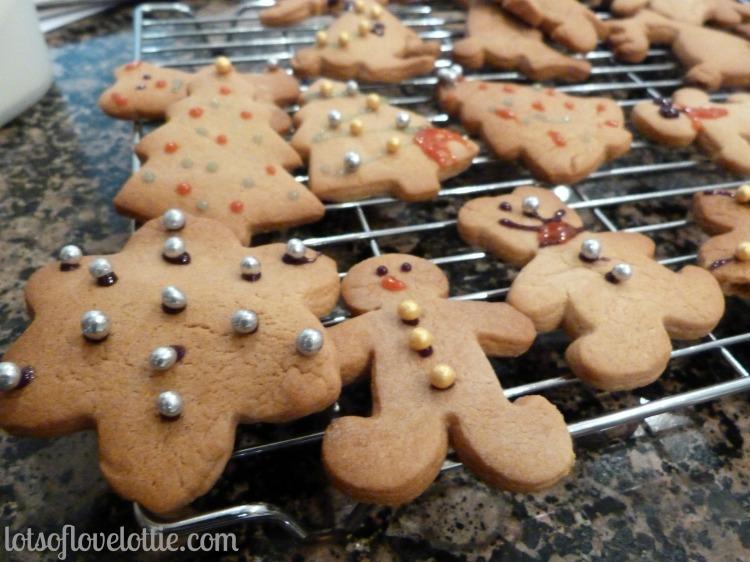 Lots of Love Lottie Blog Gingerbread3