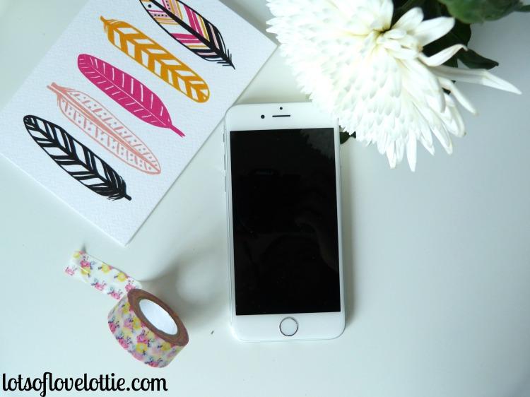 iPhone NoCase Lots of Love Lottie Blog
